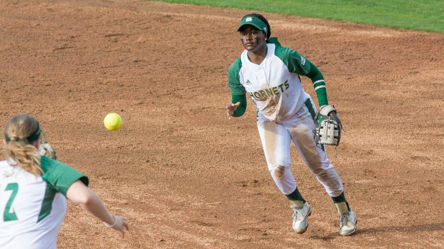Sacramento+State+junior+second+baseman+Zamari+Hinton+throws+to+first+base+for+an+out+against+UC+Davis+at+Shea+Stadium+on+Feb.+21.+%28Photo+by+Matthew+Dyer%29