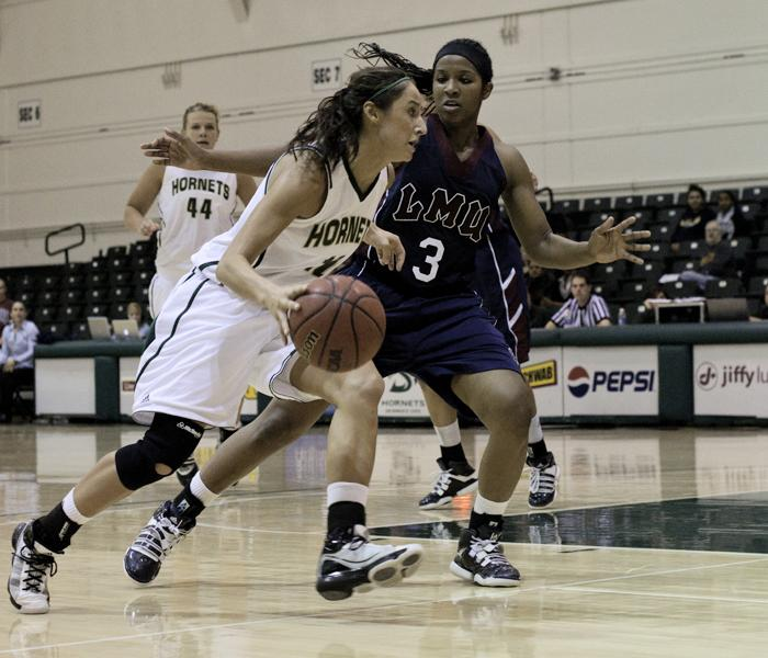 Womens basketball beats Loyola 70-69 in the last seconds:Sophomore Mallorie Franco had an impressive night with 13 points and seven rebounds. With Franco?s help, the Hornets were able to eek out a one-point victory over LMU in the final minutes of last night's game.:Steven Turner - State Hornet