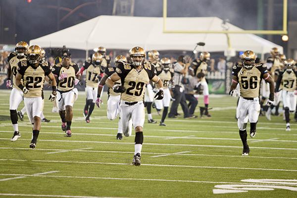 mountain lions:The Sacramento Mountain Lions run off the field on Oct. 15:File Photo