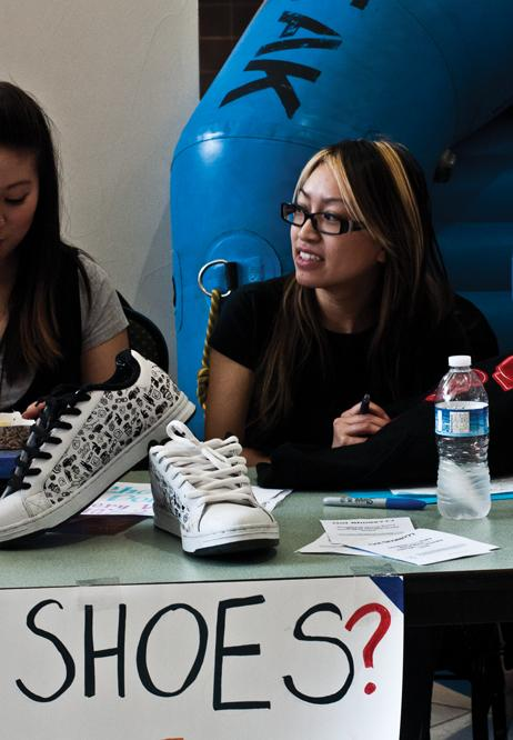 Tina+Dang+collects+shoes+for+%22Got+Shoes%3F%3F%3F%22+drive%3ATina+Dang+of+Alpha+Phi+Omega+receives+shoes+at+the+%22Got+Shoes%3F%3F%3F%22+fundraiser.%3AJesse+Charlton+-+State+Hornet