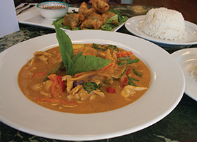 At Sabaidee Thai Grill a bowl of red curry, steamed white rice, and quail egg wontons make a perfect authentic Northern Laotian lunch.
