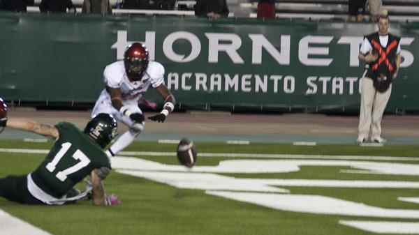 Wide receiver John Hendershott (17) cannot hang on to the ball during the game's final play. Sacramento State lost to Eastern Waschington 42-35 in overtime.