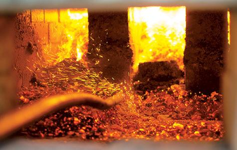 Ceramic students participate in 24-hour wood-firing kiln