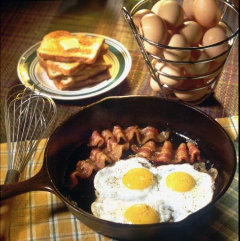 One serving of Canadian bacon contains eight grams of protein and one egg contains six grams of protein.