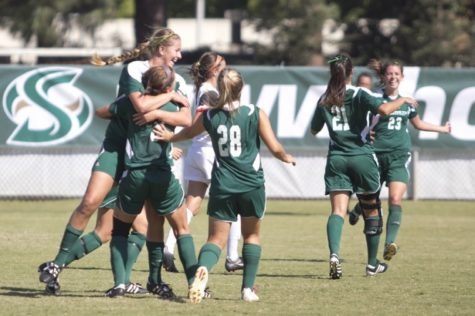 Women's soccer strives for rebound performance