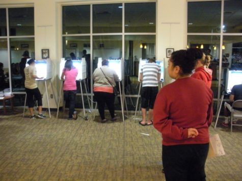 Sacramento State students hit the voting booths at American River Courtyard Tuesday night.