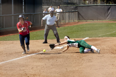 Hornet Softball splits doubleheader at Capital Classic