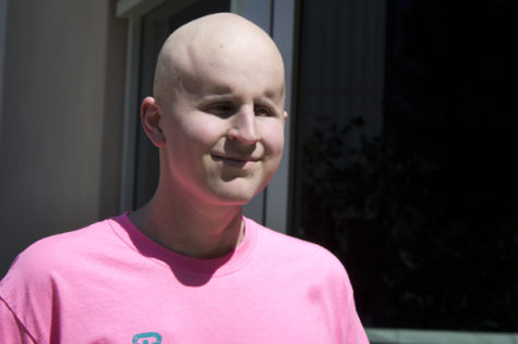 Cancer survivor organizes gaming competition to fund cure