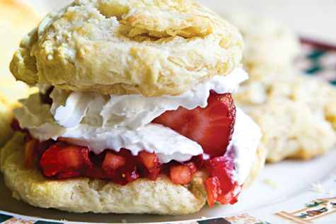Sweet and fluffy strawberry shortcake for a happy heart