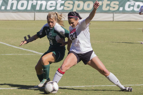 No. 28 Forward Alyssa Anderson plays defense against Southern Utah's No. 27 Kelsea Godfrey on Sundays Game.