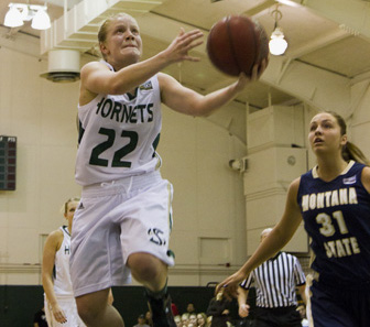 Women's basketball senior guard Alle Moreno is averaging 19 points per game and shooting 60 percent from 3-point range.