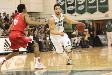 Once overlooked, all eyes now on men's basketball senior captain