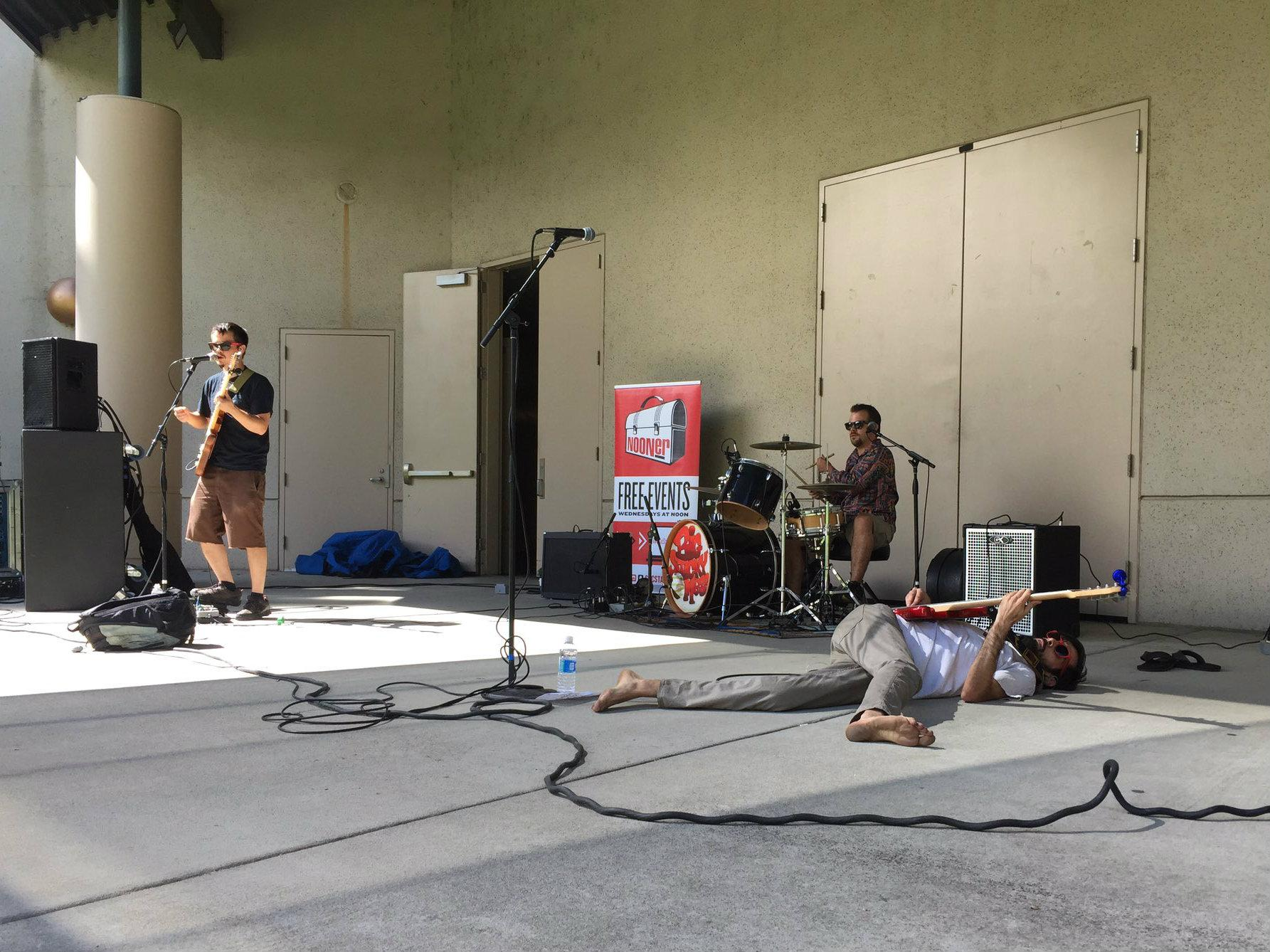 Davis-based funk group Big Sticky Mess performs on the University Union Serna Plaza on Sept. 21. (Photo by Claire Morgan)