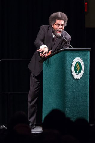 Cornel West speaks at Sacramento State on Thursday, Sept. 29 in the University Union Ballroom to a crowd of 3,000. (Photo by Francisco Medina)