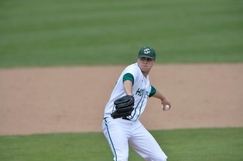 Sam Long pitched 33 strikeouts and gave up 9 earned runs over 26 innings for the Princeton Rays in West Virginia. (Photo by Bob Solorio/Sac State Athletics)