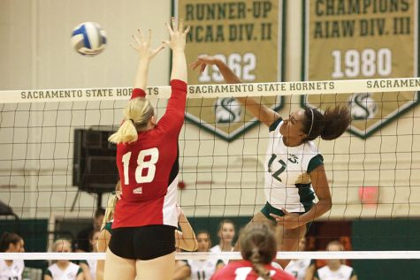 Volleyball receives 'revenge' in 3-0 sweep over Eastern Washington