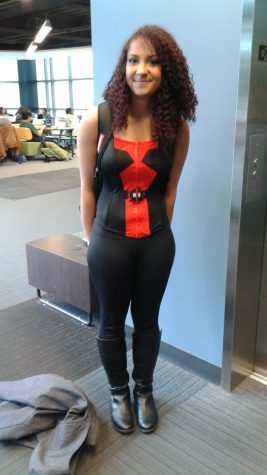 Lindsey Hammon as Deadpool