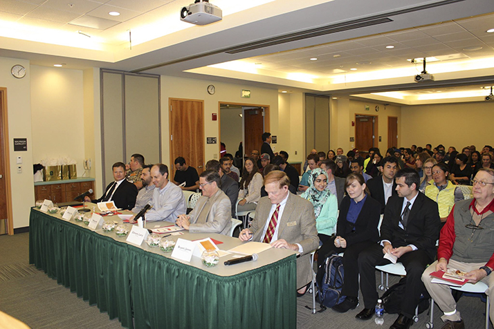 A panel judges business ideas at the 2015 'The Pitch' competition, which will return to Sacramento State on Nov. 16. (Photo courtesy of Christopher Vaeches)