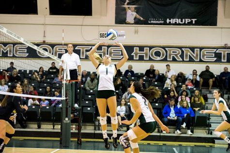 Sac State setter assists women's volleyball team to success