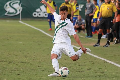 Men's soccer falls in Big West semifinals after penalty-kick shootout