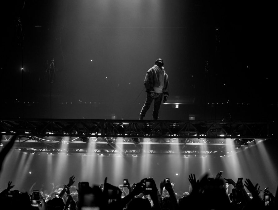 Kanye+West+performs+on+the+hovering+platform+at+his+concert+in+Boston++on+Sept.+9%2C+2016.+%28Photo+by+Kenny+Sun+%2F+Flickr%29