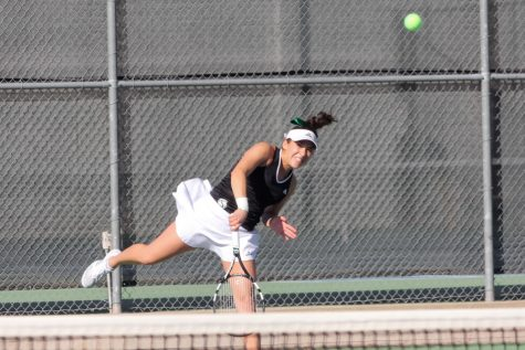 Sac State women's tennis team edged by UC Davis 4-3