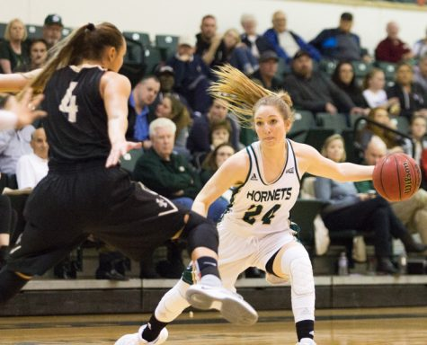 Hornets meet midway point down in Big Sky women's basketball standings