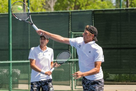 Men's tennis team abuzz with excitement after sweet start