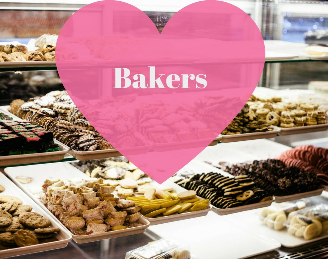 No Valentine's Day is complete without a sugary sweet confection. Check out your local bakery to find a selection of chocolates, cakes and other delectable pastries.  (Photo: Unsplash // Pixabay)