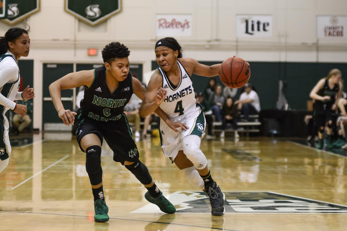 Senior women's basketball guard handles leadership for Hornets