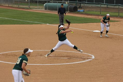 Sac State draws with Seton Hall 2-2 after 10-inning pitching duel