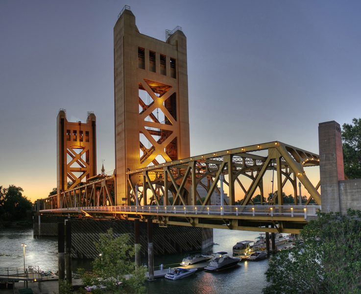 The+Tower+Bridge+connects+West+Sacramento+with+Sacramento+proper+and+has+long+served+as+one+of+the+region%E2%80%99s+iconic+landmarks.+%28Photo+by+Michael+Grindstaff+%2F+Wikimedia+Commons%29