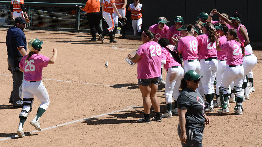 Sacramento State true-freshman Mo Spieth scores the final run of the game after hitting a three-run home run against Idaho State Saturday at Shea Stadium. (Photo by Itzel Ponce)