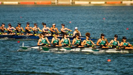 Rowing team takes first in varsity races at Sacramento State Invitational