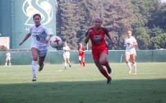 Women's soccer team edged 1-0 by undefeated Texas