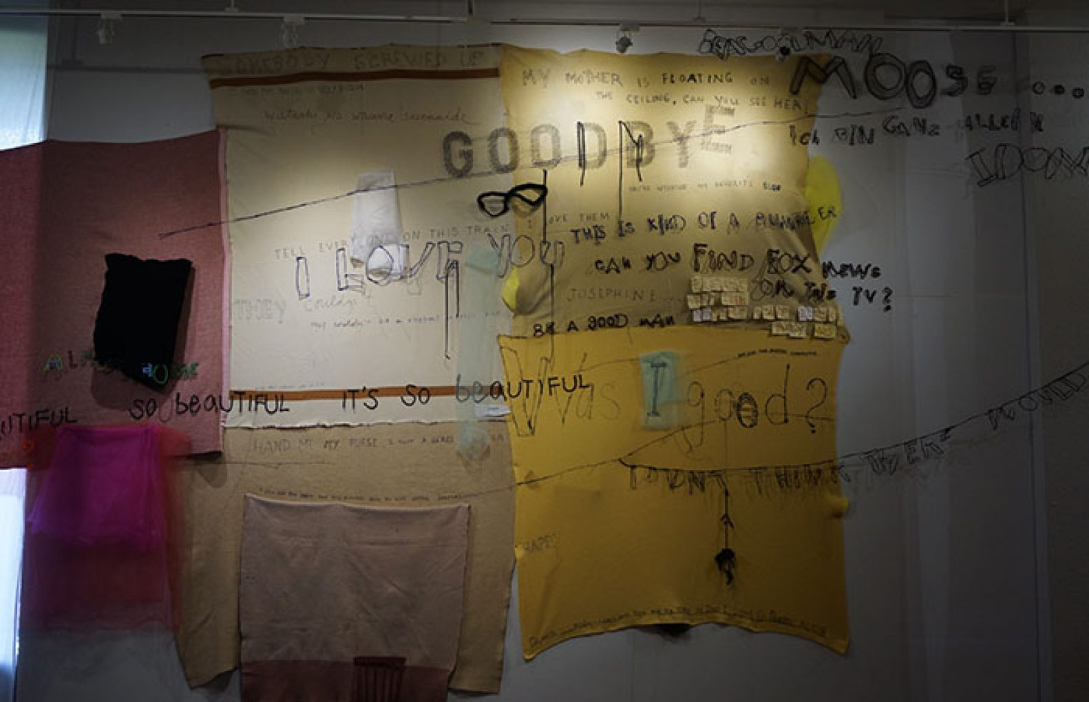 "The ""Random Last Words"" installation is displayed as part of former Sacramento State art professor Julia Couzens' latest exhibition entitled ""LAST WORDS"" in the University Library Gallery. (Marivel Guzman – The State Hornet)"
