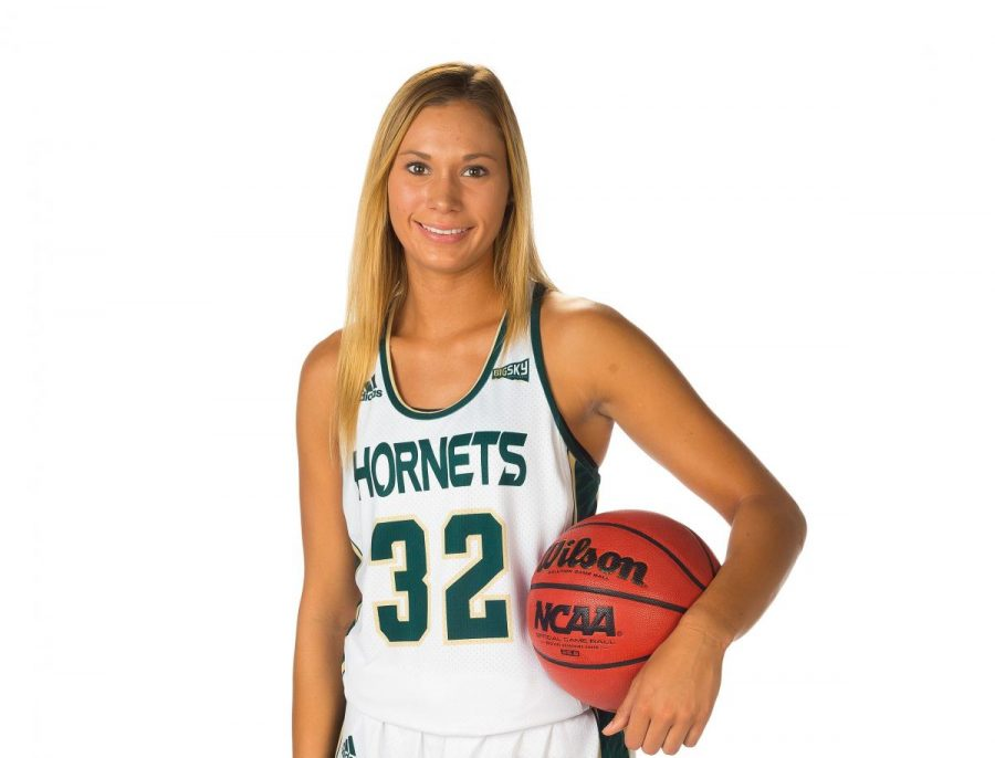 After+playing+her+first+season+at+the+University+of+Delaware%2C+Sacramento+State+sophomore+guard+Hannah+Friend+is+leading+the+team+with+17.3+points+per+game+in+her+first+year+with+the+Hornets.
