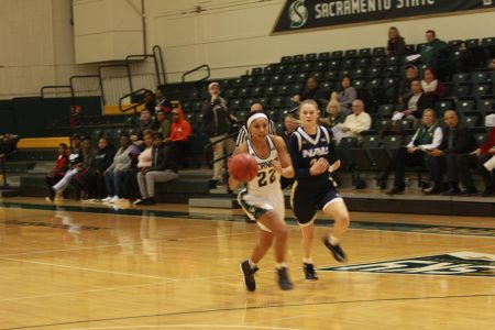 Johnson's 41 points not enough as women's basketball falls to Northern Arizona
