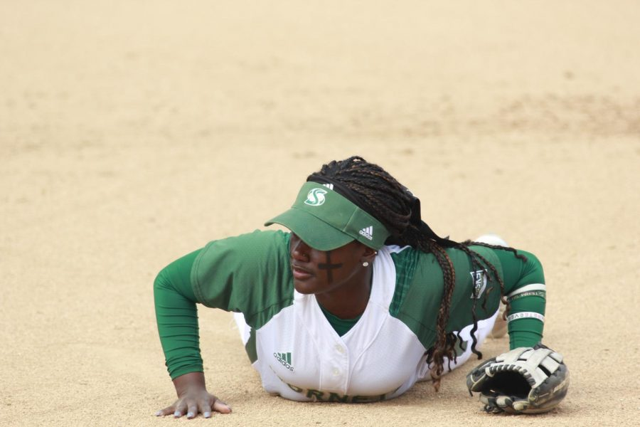 Sacramento State senior second baseman Zamari Hinton dives for a ground ball against Stanford during game one of a doubleheader on Thursday, Feb. 22 at Shea Stadium. The Hornets defeated Stanford 1-0 in game one of the two game series.