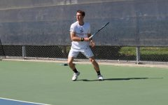 Men's tennis loses 2 out of 3 matches in Golden State Invite