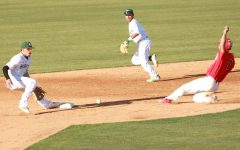 Home runs hurt baseball team in 5-2 defeat to University of Arizona