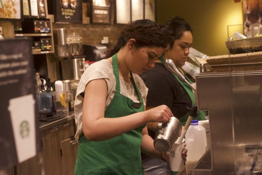 Starbucks+barista+Avneet+Bassi+prepares+a+drink+at+the+Starbucks+on+Sacramento+State%27s+campus%2C+Thursday%2C+May+3%2C+2018.+