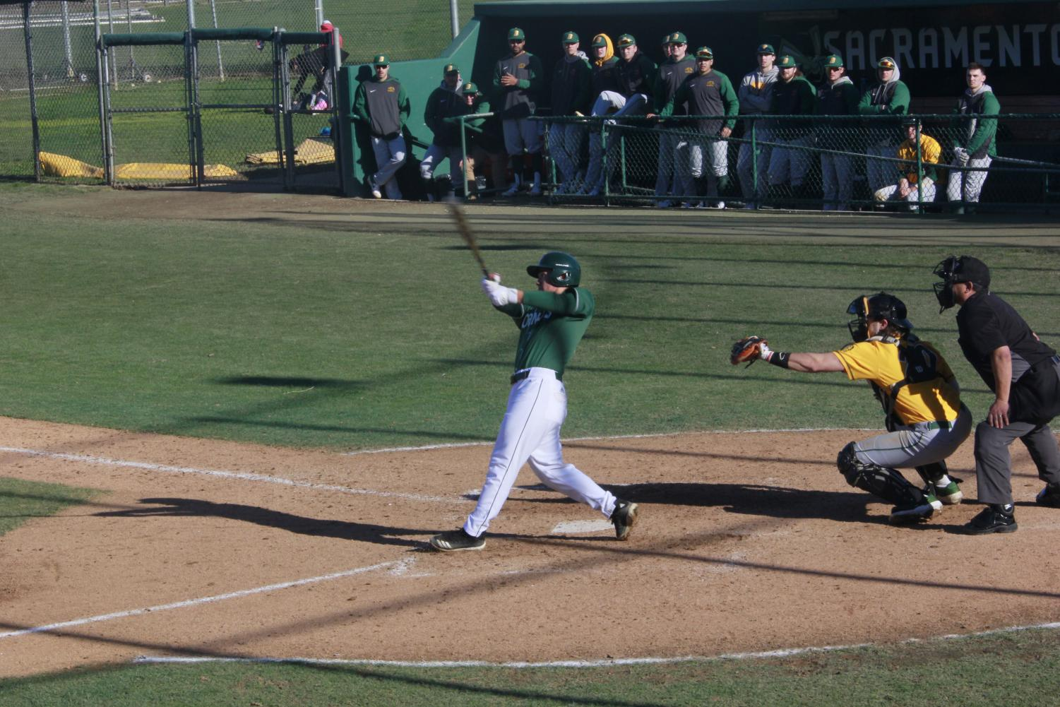 Sophomore+infielder+Nick+Iwasa+hits+a+walk-off+single+to+right+field+in+a+2-1+win+over+North+Dakota+St.+on+Sunday%2C+Feb.+17+at+John+Smith+Field.