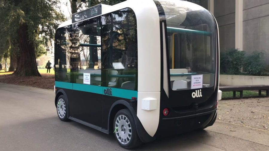 Olli+travels+down+Moraga+Way+during+it%27s+initial+testing+phase.+The+autonomous+vehicles+will+being+transporting+students+in+late+February.