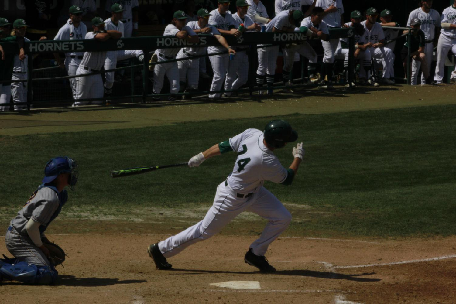 Junior+outfielder+Matt+Smith+sprints+to+first+base+after+hitting+a+single+to+left+field+in+a+5-4+win+Sunday+over+CSU+Bakersfield+at+John+Smith+Field.+Smith+had+two+hits%2C+two+walks%2C+one+run+scored+and+three+RBIs+in+the+win.