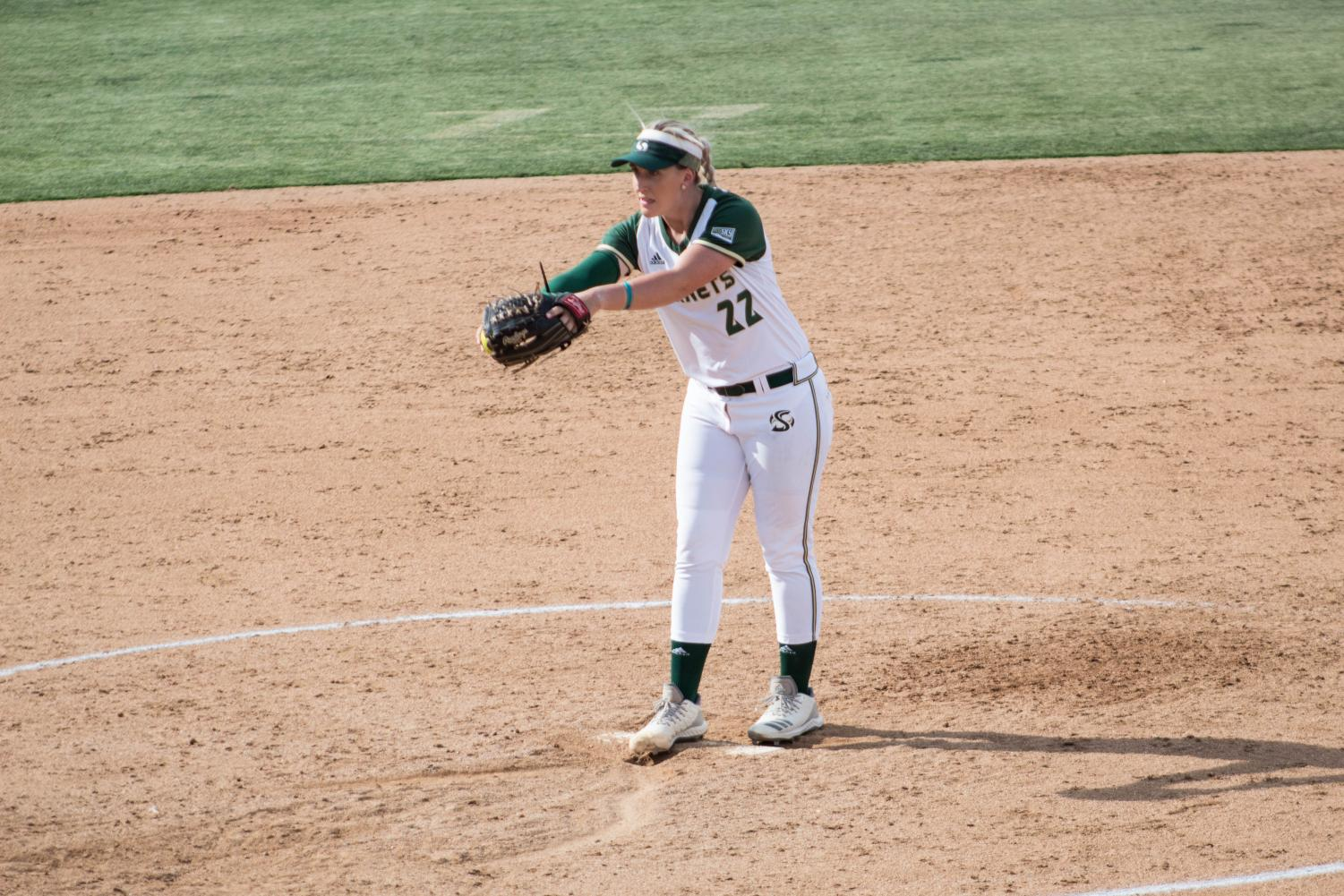 Sac+State+pitcher+Savanna+Corr+winds+her+arm+for+a+pitch+against+UC+Davis+on+Tuesday%2C+April+30.+She+pitched+a+complete+game+in+the+Hornets+6-1+win.