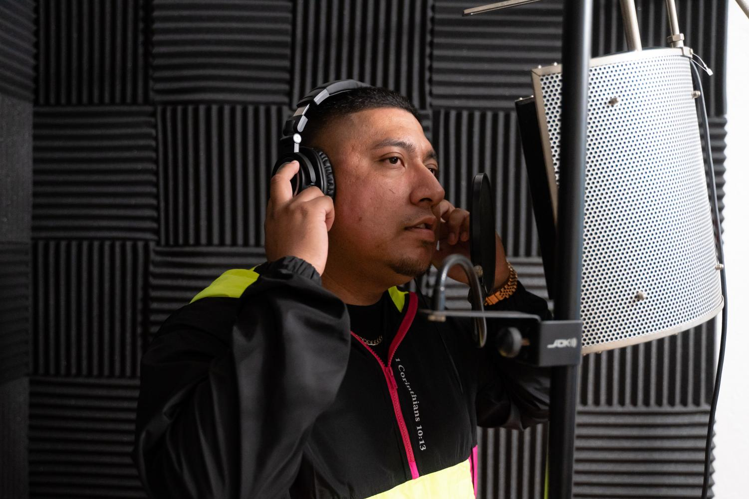 Jay Cruz, Sac State alumnus, was photographed on Oct. 1 inside his home studio. Cruz is a music producer, rapper, singer, DJ, and entrepreneur based in Sacramento.
