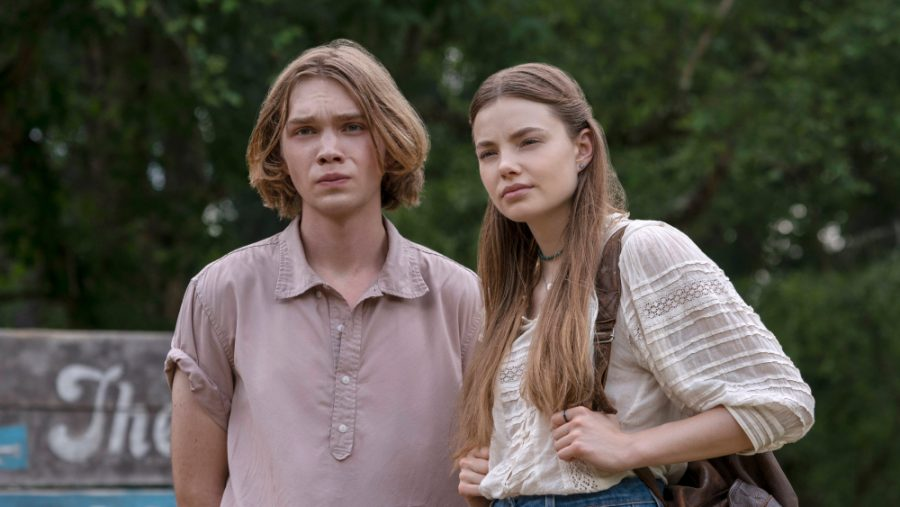 Charlie Plummer as Miles Halter and Kristine Forseth as Alaska Young in Hulu's