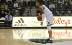 Sac State men's basketball team dominates UC Merced in 72-36 win