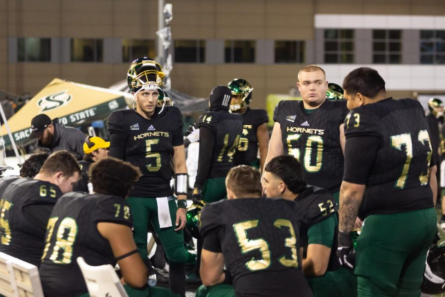 Sac+State+junior+quarterback+Kevin+Thomson+%285%29+and+his+teammates+watch+the+clock+wind+down+to+its+last+10+seconds+of+a+loss+against+Austin+Peay+on+Saturday%2C+Dec.+7+at+Hornet+Stadium.+The+Hornets+lost+to+the+Governors+42-28+in+the+second+round+of+the+FCS+Playoffs.